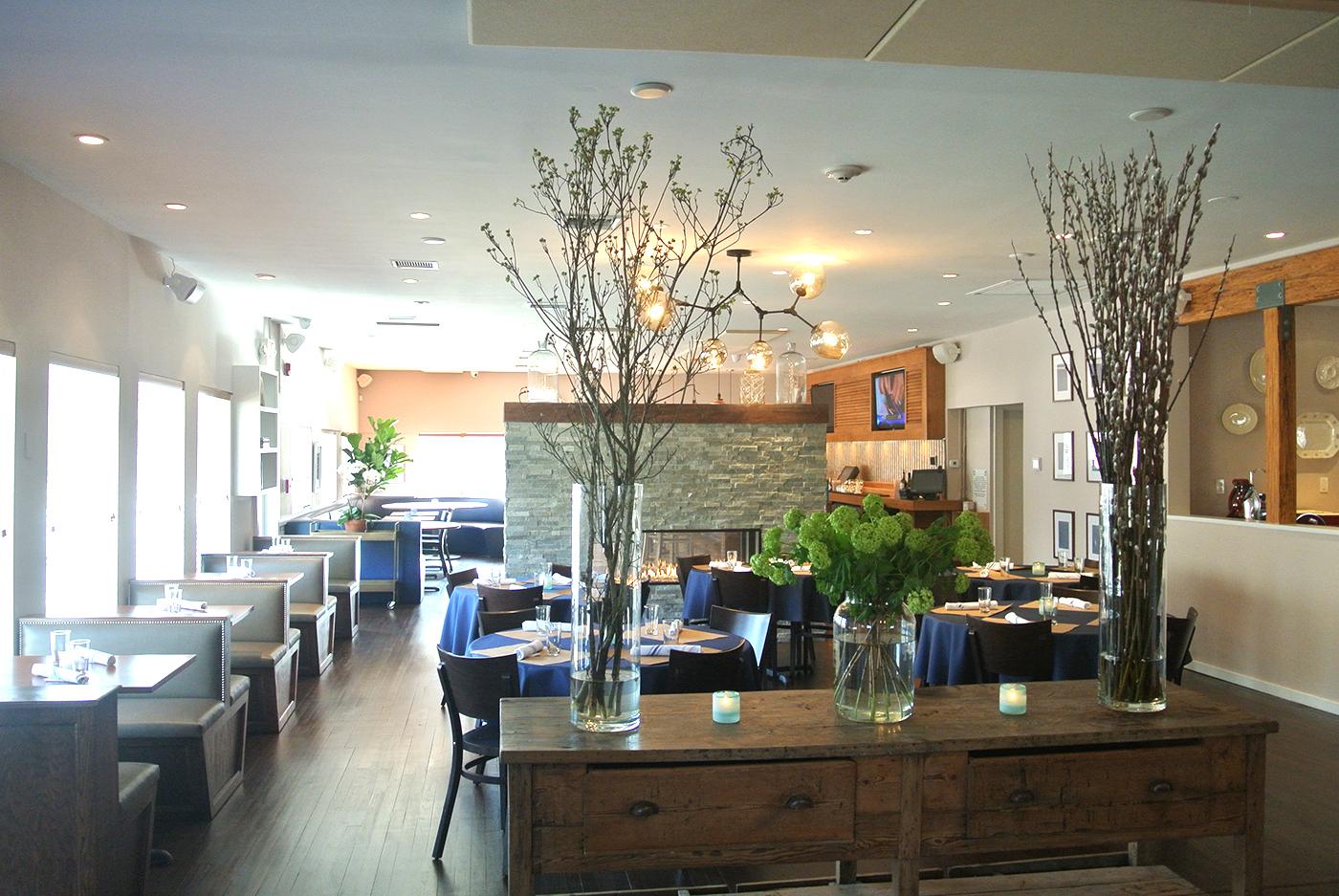 Highway Restaurant And Bar Hamptons